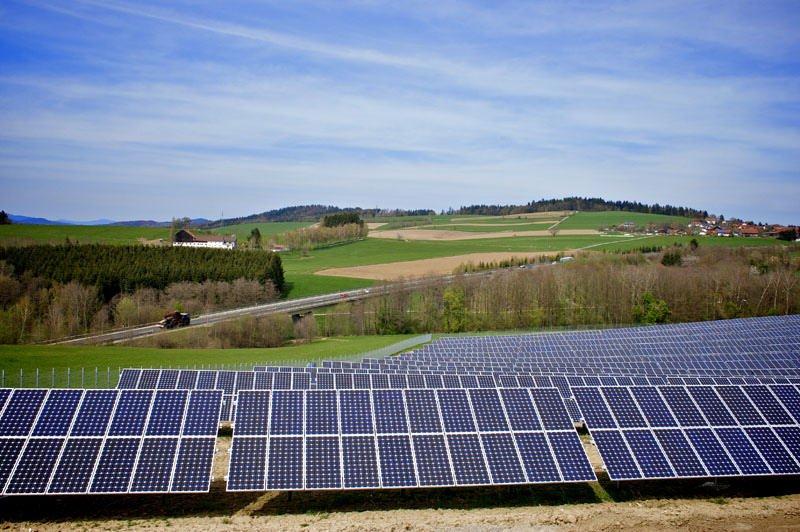 OZE – odnawialne źródła energii w domach jednorodzinnych