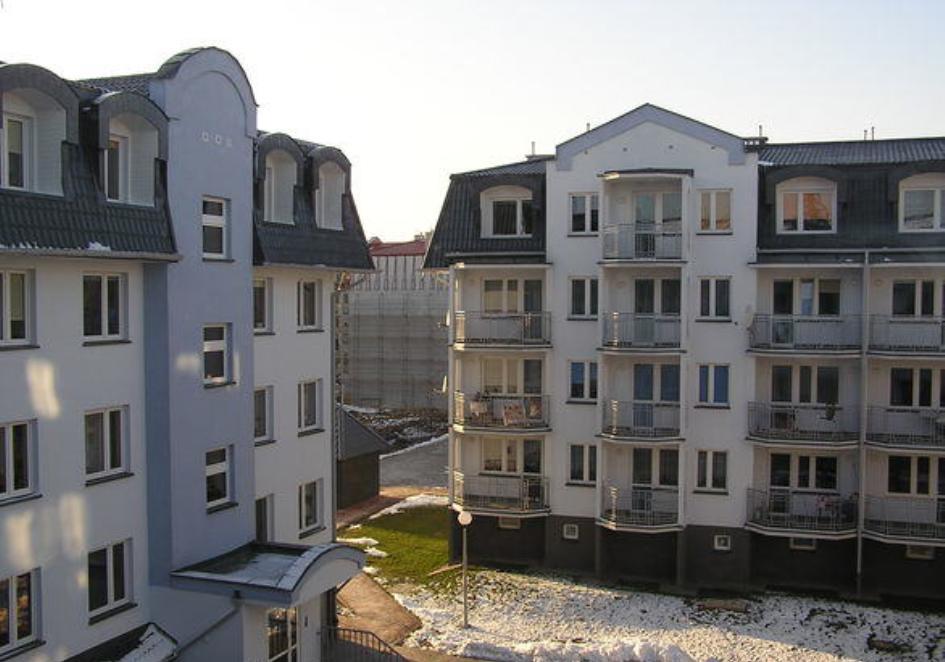 Klimatyzacja w mieszkaniu w bloku – czy warto - K1