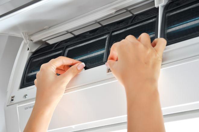 Jak dbać o czystość urządzeń klimatyzacyjnych ?