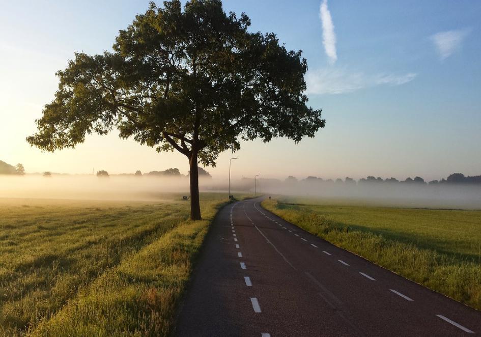 Odległość domu od drogi publicznej – w jakiej odległości od drogi można postawić dom